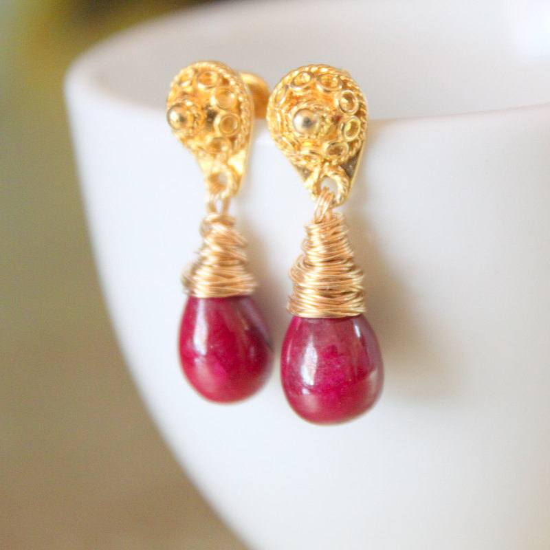 Polished Smooth Red Ruby Teardrop Gold Filigree Detailed Post Dangle Earrings