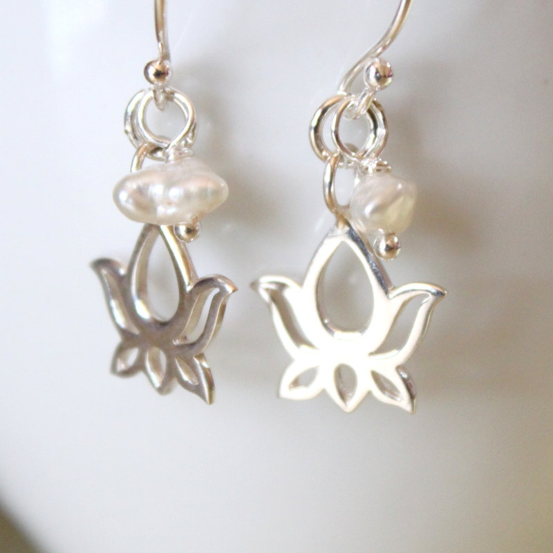 lotus sterling silver charm and keishi pearl earrings on